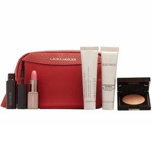 ✨NEW✨ Laura Mercier Favorites Gift Set